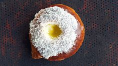 / I used the vanilla cream from this recipe but made the dough after another recipe, not much difference though Norwegian Food, Vanilla Cream, Dessert Recipes, Desserts, No Bake Cake, Doughnut, Food Inspiration, Sweet Tooth, Bakery
