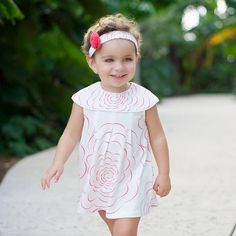 Bold flower pattern dress-Rose (Sold out) Simple Dresses, Beautiful Dresses, Summer Dresses, Baby Boy Outfits, Kids Outfits, Baby Girl Jumpsuit, Stylish Caps, Rose Dress, Cute Little Girls