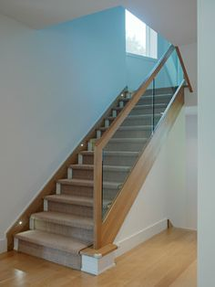 Stair railing and carpet. Glass Stairs Design, Stair Railing Design, Home Stairs Design, Interior Stairs, Railing Ideas, House Staircase, Staircase Remodel, Staircase Railings, Stairways