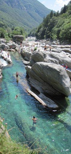 #Valle_Verzasca #Switzerland http://en.directrooms.com/hotels/country/2-6/
