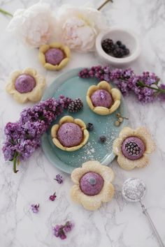 Flower-Shaped Blueberry Mini Pies Recipe