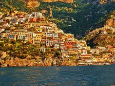 positano amalfi coast italylimotour