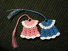 Free crochet dress bookmark pattern. thanks so for sharing xox  ☆ ★ https://www.pinterest.com/peacefuldoves/