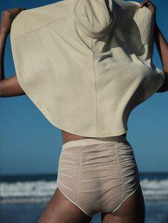 Victor Demarchelier, Fashion Story, Margarita, White Fashion, Minimalist Fashion, African Fashion, Fashion News, Fashion Trends, Editorial Fashion