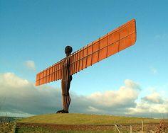 Anthony Gormley's Angel of the North, Tyneside, England.