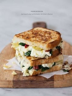 Yummy variation on Croque-Monsieur: here with spinach, artichokes and goats cheese, miam miam!