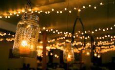 It's hard to go wrong with fairy lights & mason jars!