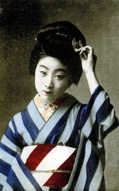 Geiko Manryu wearing a Striped Kimono 1913