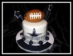 Dallas Cowboys cake! Your perfect wedding cake!