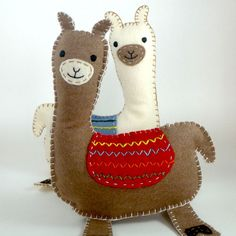 Stuffed Llama PATTERN - Sew by Hand Plush Felt Stuffed Animal PDF - Easy to Make