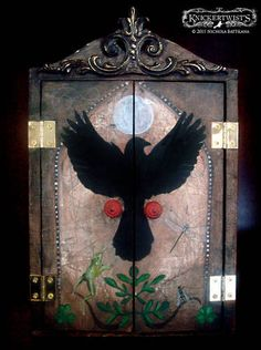 Mystical Nature Shrine - (Craftster, MORE ART, LESS CRAFT) - This is beautiful, absolutely beautiful.