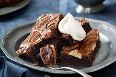 Maple-roasted pecan brownies