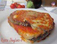 Una parmigiana diversa dal solito, per riciclare sugo e pane!