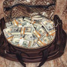 Money On My Mind, My Money, How To Get Money, Make Money Online, Money Bill, Extra Money, Rich Lifestyle, Luxury Lifestyle, Dollar Money