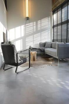 Lobby Interior, Bungalow, Interior Decorating, Interior Design, Love Home, Concrete Floors, Home Living Room, Interior Inspiration, New Homes