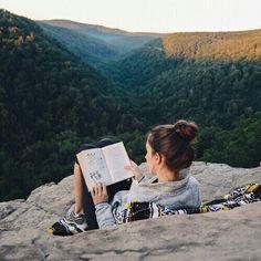 Imagem de book, girl, and nature