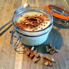 Mijo y amaranto. Dos cereales muy interesantes para disfrutar de una energética crema de desayuno alternativa a los lácteos con los que muchas f
