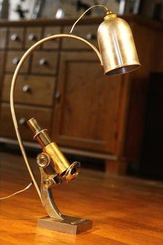 luminaire lampe r cup 39 recyclage ancien phare de tracteur cric de voiture lumi re pinterest. Black Bedroom Furniture Sets. Home Design Ideas