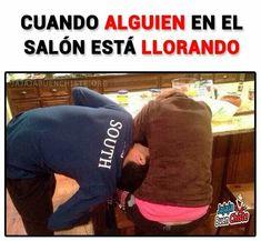 http: ♡ memes sobre la school. Funny Spanish Memes, Spanish Humor, Funny Jokes, Hilarious, Frases Humor, Caption Quotes, Guys Be Like, Best Memes, True Stories