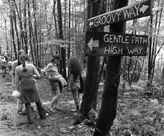 40 Rare Photos From Woodstock | PollHype
