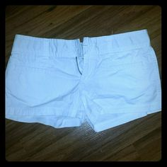White AE shorts Very comfortable, no flaws. Like new. Too big for me. American Eagle Outfitters Shorts