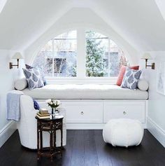 Don't let the space near your window unused. Instead, turn the space into a comfy window seat. Here we listed window seat ideas to help you create one Decoration Bedroom, Decor Room, Attic Rooms, Attic Bathroom, Attic Playroom, Attic Apartment, Apartment Therapy, Attic Library, Attic Office