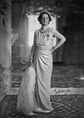 Juliana (1909-2004) Queen regnant of the Kingdom of the Netherlands between '48 & '80; the only child of Queen Wilhelmina & Prince Henry; married to Prince Bernhard of Lippe-Biesterfeld; they had four children: Princess Beatrix ('38), Princess Irene ('39), Princess Margriet ('43), Princess Christina ('47). During WWII she lived in exile with her children in Ottowa, Canada. She became Queen of the Netherlands when her mother abdicated in1948 & was succeeded by Beatrix when she abdicated in…