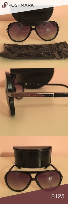 Marc by Marc Jacobs black aviator sunglasses Authentic Marc by Marc Jacobs black aviator sunglasses with case and unopened cloth. Excellent condition. Marc by Marc Jacobs Accessories Sunglasses