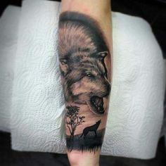 #lovely #wolves #tattoo #tattoos #tattooed #tatt #tatts #ink #inked #ES13 #elektrischer #stuhl #halle #saale #hallesaale #grh13 #beeebaaaabuuub #bulletstattooink #carbonblack #inkjecta #flitev2 #tattoosafe #easegrease143