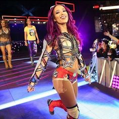 Always stay ahead . Sasha Banks Bikini, Wwe Sasha Banks, Black Wrestlers, Wwe Female Wrestlers, The Boss Wwe, Mercedes Kaestner Varnado, Wwe Women's Division, Raw Women's Champion, Wrestling Divas