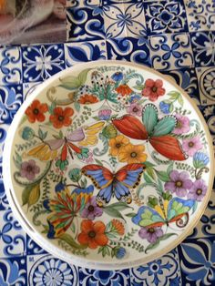 Pottery Painting, Ceramic Painting, China Clay, Kitchenware, Tableware, Butterfly Painting, China Painting, Hand Painted Ceramics, Ceramic Plates