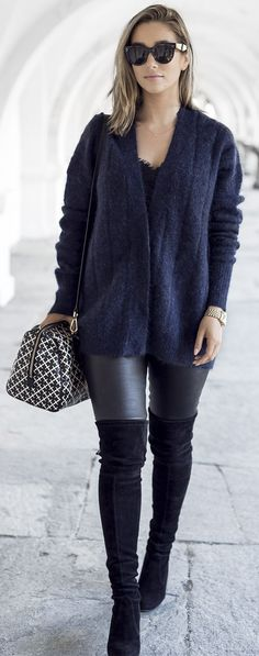 #fall #trending #outfits | Navy + Black