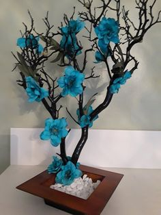 Beautiful, decorative tree made with Manzanita tree branch. Can be used to celebrate arrival of a new baby, anniversary, wedding. Tree Branch Crafts, Tree Branch Decor, Tree Crafts, Diy And Crafts, Manzanita Branches, Tree Branches, Tree Decorations, Wedding Decorations, Wedding Centerpieces