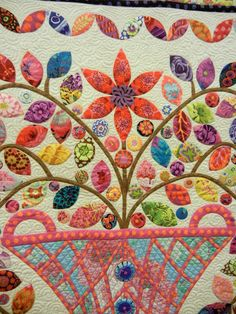 Closeup, Flower Basket Medallion by Renee Caswell, 2013 AZQG. Design by Kim McLean (Australia); photo by Quilt Inspiration