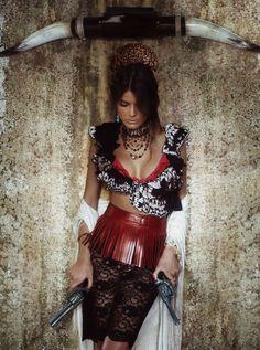 """Bandida,"" Vogue Spain, 2012-02; Isabeli Fontana (Alexi Lubomirski)"