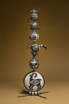 Mimbres Totem by Julie Szerina Stein from Tucson, Arizona.  This piece won First place at the Silver City Clayfest Neo-Membrino exhibition.