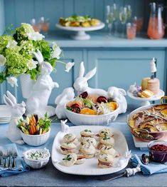 """Williams Sonoma on Instagram: """"It's not too late for a very important date! 🐇 Make this year's #easterbrunch the best one yet. Tap to see our menu and shop these serving…"""" #easter  #tableescapes"""