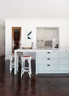Summit Dr, Eaglemont - transitional - Kitchen - Melbourne - Bloom Interior Design
