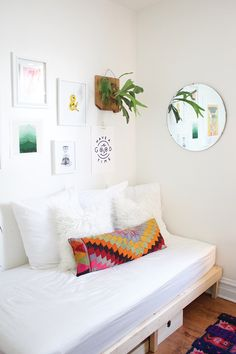 FOXTAIL + MOSS: Curating a Gallery Wall with Threadless