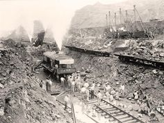 Building Panama Canal. It was taken in 1913 by Harris & Ewing.