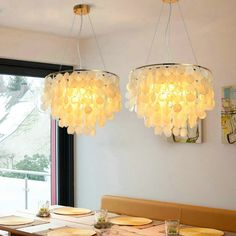 This unique chandelier is made of many shells, it's light and full of decoration, purchase it from Homelava.com and start your decoration. Pendant Lamp, Pendant Lighting, Unique Chandelier, Fitted Bedrooms, Suspension Metal, Contemporary Pendant Lights, Made To Measure Curtains, Lampshades, Light Decorations