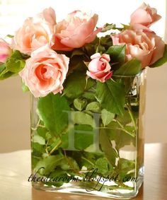 DIY etched glass vase - lovely shower decoration, and it doubles as a gift for the bride-to-be! Glass Etching, Etched Glass, Glass Vase, Craft Gifts, Diy Gifts, Flower Vases, Flower Arrangements, Party Centerpieces, Homemade Gifts