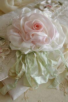 Fancy ribbon rose