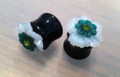 9/16 14mm Emerald Glossy Daisy Flower Plugs by PerfectionPetals, $20.00