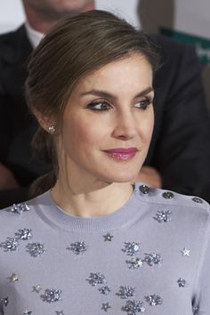 Queen Letizia's Hairstyle From the Front