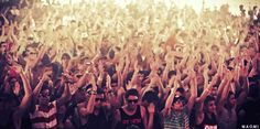 Rage. I don't care what you say, I love to rage. # musicfestival