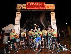 RAAM 2013: equipes brasileiras completam os 4.800km do desafio  http://www.mundotri.com.br/2013/06/raam-2013-equipes-brasileiras-completam-os-4-800km-do-desafio/