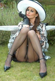 Sexy hamptons wife