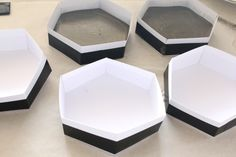 DIY Hexagon Concrete Coasters / stepping stones