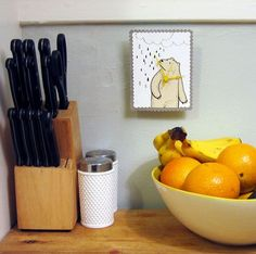 altoid tin clock-nice and small to put on your shelf in your bed area.  So many ideas for the picture as well...